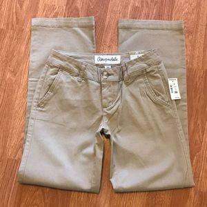 Aeropostale School Pants Size 000 Short Nwt 💕